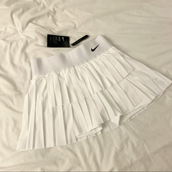 Nike court victory skirt white pleat tennis M
